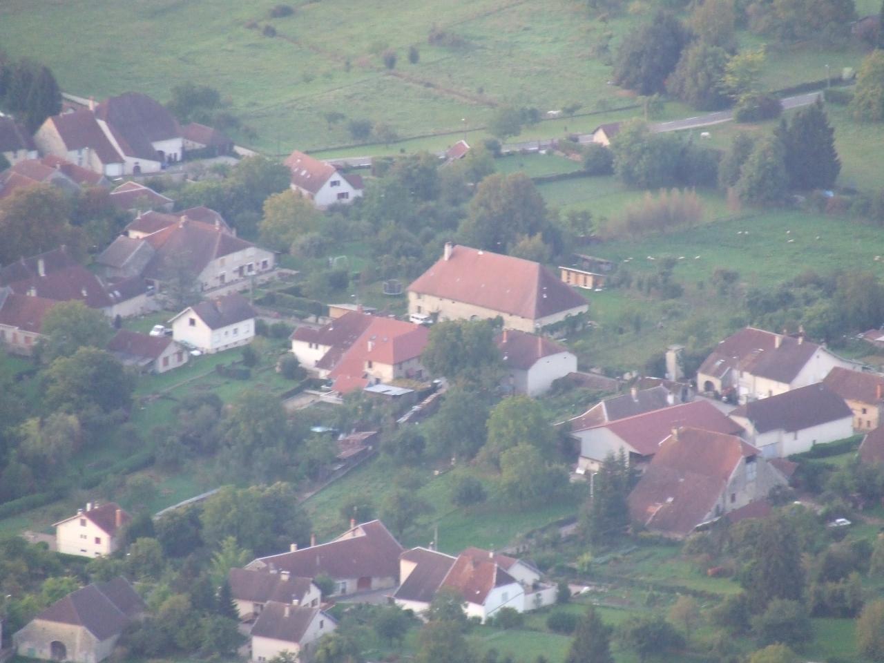 Chez Léontine - Sicht vom Heissluftballon